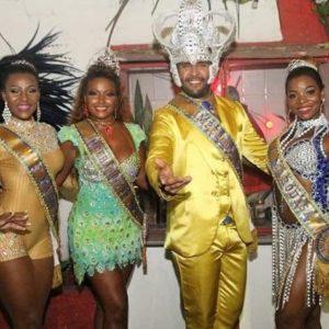 Mega festa marca entrega de faixas das cortes carnavalescas da Europa