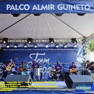 Trem do Samba reúne cerca de 130 mil pessoas em sua 22ª em edição