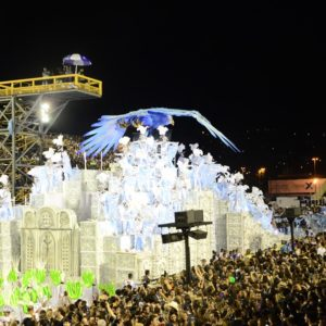 """""""Lá Vem Portela!"""", Escola encanta novamente em desfile neste sábado (17)"""