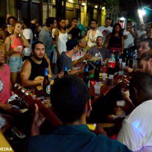 SAMBA DA REZADEIRA volta ao Centro do Rio, no Bar do Bigode e Sinuca do Luiz