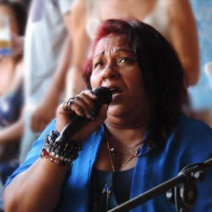Quintal da Lenaide recebe Roda de samba com Iracema Monteiro e convidados em Jacarepaguá