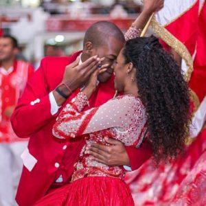 Jackeline e Vinicius Pessanha formam o 1º casal de mestre-sala e porta-bandeira do Salgueiro