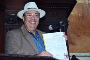 Moção Honrosa de Congratulação e Louvor – Jornalista Marcelo Faria recebe a honraria da Alerj