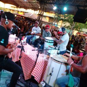 Botequim da Cidade do Samba abre 2019 com muita alegria e samba
