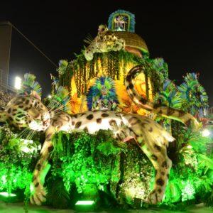 A Campeã Mangueira encerra a noite de festa do carnaval 2019