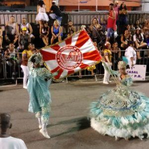 8-Engenho da Rainha faz seu desfile na Passarela do Povo da Intendente