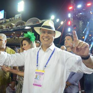 Carnaval fora de época no Sambódromo em outubro, com escolas de samba e blocos é desejo do governador Wilson Witzel
