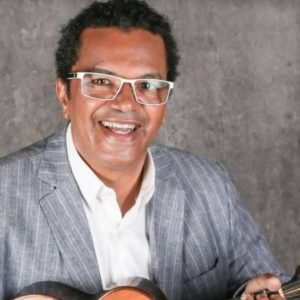 """Espetáculo """" O CAIXEIRO E OS POETAS"""", com Marquinhos de Oswaldo Cruz, recebe o Jongo da Serrinha e a cantora Dorina como convidados no dia 19"""