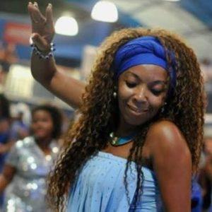 Passista Nilce Fran comemora aniversário com o Cozido Samba Fran, no dia 24
