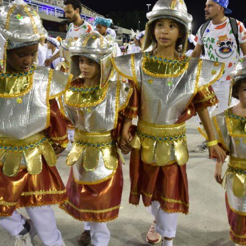 10_desfiledasescolasmirins_herdeirosdafila_porjorjebezerra_25fev2020 (8)