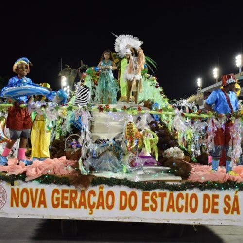 15_desfiledasescolasmirins_novageraçaodoestaciodesa_ compactada_porjorjebezerra_25fev2020 (6)