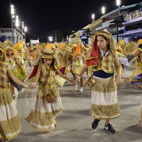 16_desfiledasescolasmirins_tijuquinhadoborel_ compactada_porjorjebezerra_25fev2020 (8)
