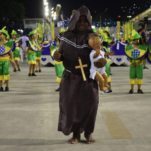 8_desfiledasescolasmirins_inocentes dacaprichosos_ compactada_porjorjebezerra_25fev2020 (6)